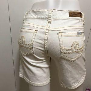 Seven7 Cream Shorts Size 6
